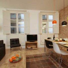 Апартаменты Ramblas Deluxe Apartments гостиничный бар