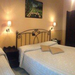 Отель Degli Amici Италия, Помпеи - отзывы, цены и фото номеров - забронировать отель Degli Amici онлайн комната для гостей фото 3