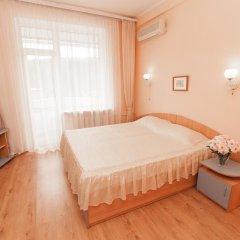Гостиница Moskva Hotel в Алуште 9 отзывов об отеле, цены и фото номеров - забронировать гостиницу Moskva Hotel онлайн Алушта комната для гостей