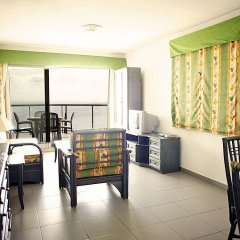 Отель Apartamentos Hipocampos Испания, Кальпе - отзывы, цены и фото номеров - забронировать отель Apartamentos Hipocampos онлайн комната для гостей фото 4