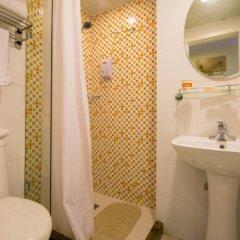 Отель Home Inn Beijing Beihai Xi'an Gate Китай, Пекин - отзывы, цены и фото номеров - забронировать отель Home Inn Beijing Beihai Xi'an Gate онлайн ванная