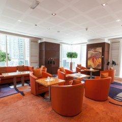 Отель Four Points by Sheraton Sheikh Zayed Road, Dubai Дубай интерьер отеля фото 3