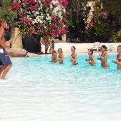 Отель Arbatax Park Resort Borgo Cala Moresca бассейн