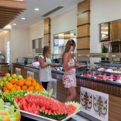 Club Mermaid Village Турция, Аланья - 1 отзыв об отеле, цены и фото номеров - забронировать отель Club Mermaid Village - All Inclusive онлайн питание