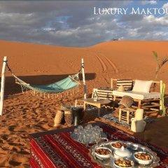 Отель Luxury Maktoub Марокко, Мерзуга - отзывы, цены и фото номеров - забронировать отель Luxury Maktoub онлайн пляж