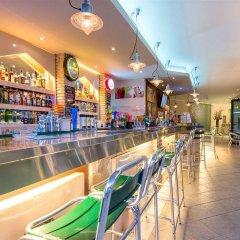 Отель Sofia's Hotel Греция, Каламаки - отзывы, цены и фото номеров - забронировать отель Sofia's Hotel онлайн гостиничный бар