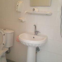 Bayrakli Otel Турция, Мерсин - отзывы, цены и фото номеров - забронировать отель Bayrakli Otel онлайн ванная фото 2