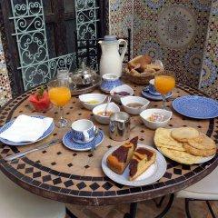 Отель Riad Hugo Марокко, Марракеш - отзывы, цены и фото номеров - забронировать отель Riad Hugo онлайн питание