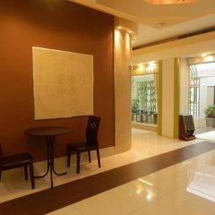 Отель Shadi Home & Residence Таиланд, Бангкок - отзывы, цены и фото номеров - забронировать отель Shadi Home & Residence онлайн интерьер отеля фото 2
