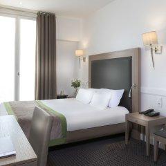 Отель Elysées Ceramic Париж сейф в номере