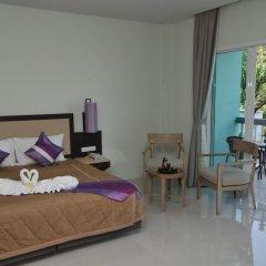 Отель AM Surin Place комната для гостей фото 14