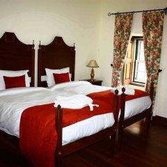 Hotel Rural Convento Nossa Senhora do Carmo сейф в номере