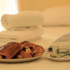 Отель Nika Hostel Италия, Рим - отзывы, цены и фото номеров - забронировать отель Nika Hostel онлайн ванная