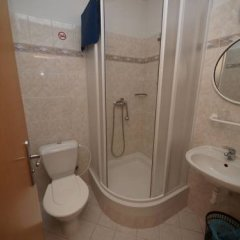 Отель Church Pension Praha - Husuv Dum ванная фото 2