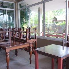 Отель Phuket House питание