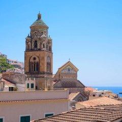 Отель Amalfi Hotel Италия, Амальфи - 1 отзыв об отеле, цены и фото номеров - забронировать отель Amalfi Hotel онлайн приотельная территория фото 2