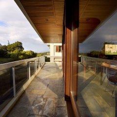 Отель Karyatis Luxury Maisonette by K&K балкон