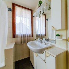 Отель Welc-oM Villa Италия, Абано-Терме - отзывы, цены и фото номеров - забронировать отель Welc-oM Villa онлайн ванная