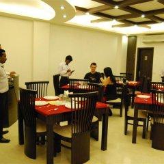 Отель Walnut Castle Индия, Нью-Дели - отзывы, цены и фото номеров - забронировать отель Walnut Castle онлайн питание