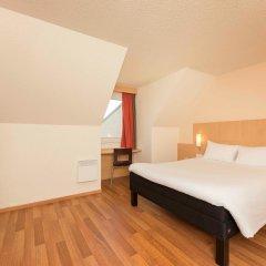Отель Ibis Paris Vanves Parc des Expositions сейф в номере