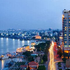 Renaissance Riverside Hotel Saigon пляж фото 2