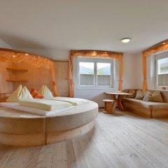 Отель Landhaus Strasser Австрия, Зёлль - отзывы, цены и фото номеров - забронировать отель Landhaus Strasser онлайн комната для гостей фото 5