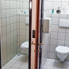 Отель Erlaa Pension Вена ванная