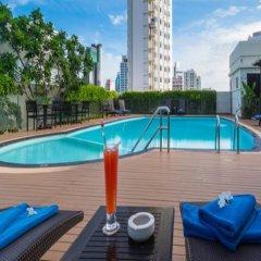 Отель Lohas Residences Sukhumvit Бангкок бассейн фото 2