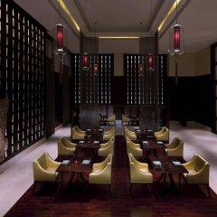Отель Anantara Eastern Mangroves Abu Dhabi Абу-Даби интерьер отеля фото 3