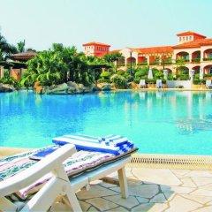 Отель Dongguan Hillview Golf Club бассейн