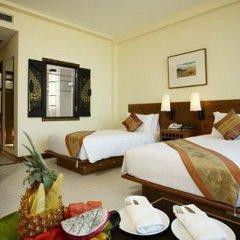 Отель Supalai Resort And Spa Phuket 3* Улучшенный номер с разными типами кроватей