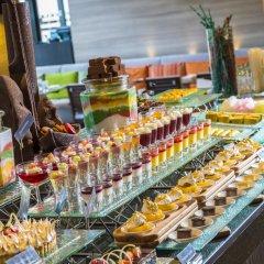 Отель Holiday Inn Bangkok Sukhumvit Бангкок питание