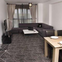 Отель Gold Suite комната для гостей