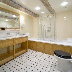 Garden Palace Hotel ванная