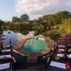 Отель ViewPoint Lodge & Fine Cuisines бассейн