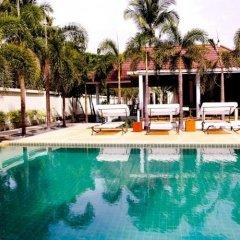Отель Nantra Coco Beach бассейн