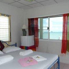 Отель Fiji Palms Phuket Таиланд, Пхукет - отзывы, цены и фото номеров - забронировать отель Fiji Palms Phuket онлайн комната для гостей фото 5