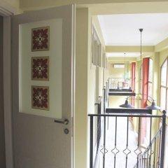 Отель Red Fox Guesthouse балкон