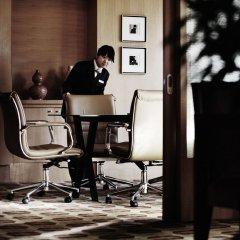 Отель Park Plaza Beijing Wangfujing Китай, Пекин - отзывы, цены и фото номеров - забронировать отель Park Plaza Beijing Wangfujing онлайн фитнесс-зал фото 2