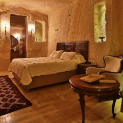Отель Acropolis Cave Suite сейф в номере