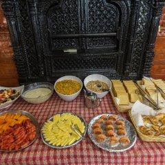 Отель Thamel Eco Resort Непал, Катманду - отзывы, цены и фото номеров - забронировать отель Thamel Eco Resort онлайн питание фото 3