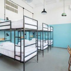 Fabrika Hostel & Suites - Hostel комната для гостей фото 4