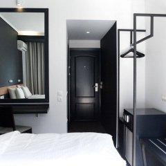 Отель Park Салоники сейф в номере
