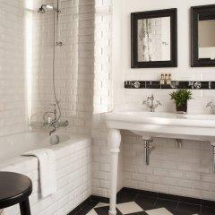 Отель Hôtel Sainte-Beuve ванная