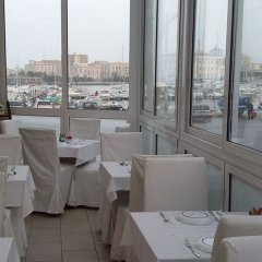 Отель Lakkios Residence B&B Сиракуза гостиничный бар