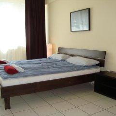 Отель Bermuda Triangle B&B Германия, Кёльн - отзывы, цены и фото номеров - забронировать отель Bermuda Triangle B&B онлайн комната для гостей фото 3