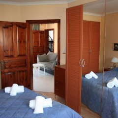 Отель White Dolphin Complex удобства в номере