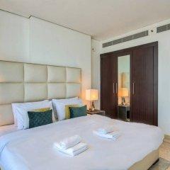 Апартаменты Luxury Apartment Steps Away From Everything! Дубай комната для гостей фото 5