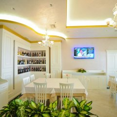 Hotel Iliria Internacional гостиничный бар