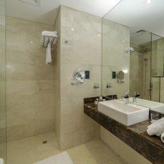Отель Occidential Dubai Production City ванная фото 2